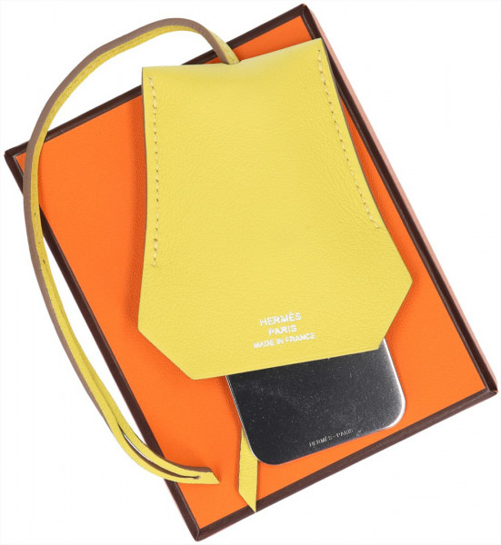 HERMÈS CLOCHETTE ETUI MIROIR NARCISSE AUS VEAU SWIFT IN LIME